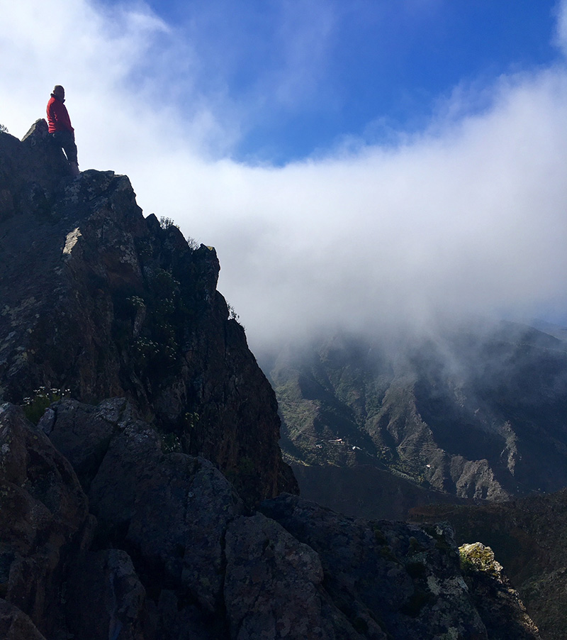 Cliff edge, La Gomera
