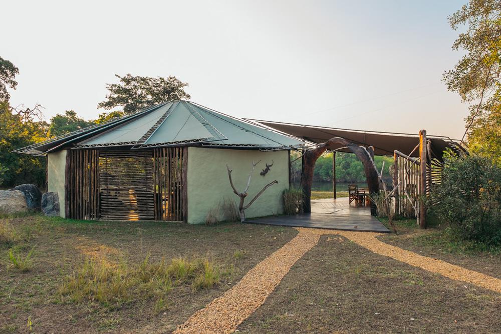 The Roundhouse at Kasabushi Camp